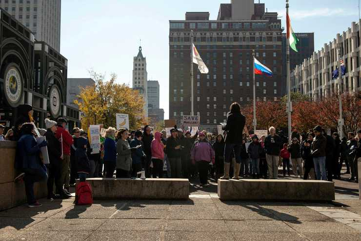 <strong>Demonstrators gather during a rally in support of Special Counsel Robert Mueller at Civic Center Plaza on Nov. 10, 2018, in Memphis.</strong> (Brandon Dill/Special to The Daily Memphian)