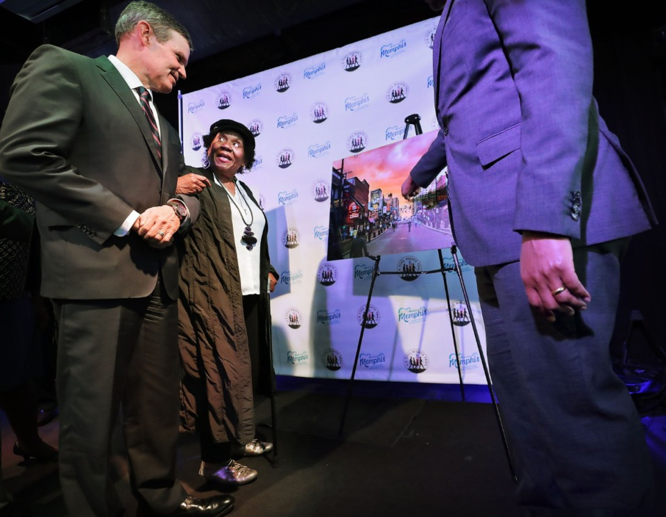 <strong>Gov. Bill Lee (left) and Rep. Barbara Cooper look at a photograph of Beale Street during a press conferenceat B.B. King's Blues Club on Feb. 13, 2020, to announce two new additions to the Memphis leg of the U.S. Civil Rights Trail. WDIA Radio and the Beale Street Historic District join a long list of landmarks where activists challenged segregation and advanced social justice.</strong> (Jim Weber/Daily Memphian)