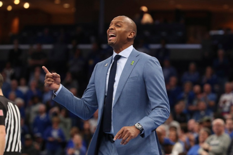 <strong>University of Memphis head coach Penny Hardaway calls to his team&nbsp;in the first half of the Tigers game against Houston on Feb. 22, 2020, in Memphis.</strong> (AP Photo/Karen Pulfer Focht)
