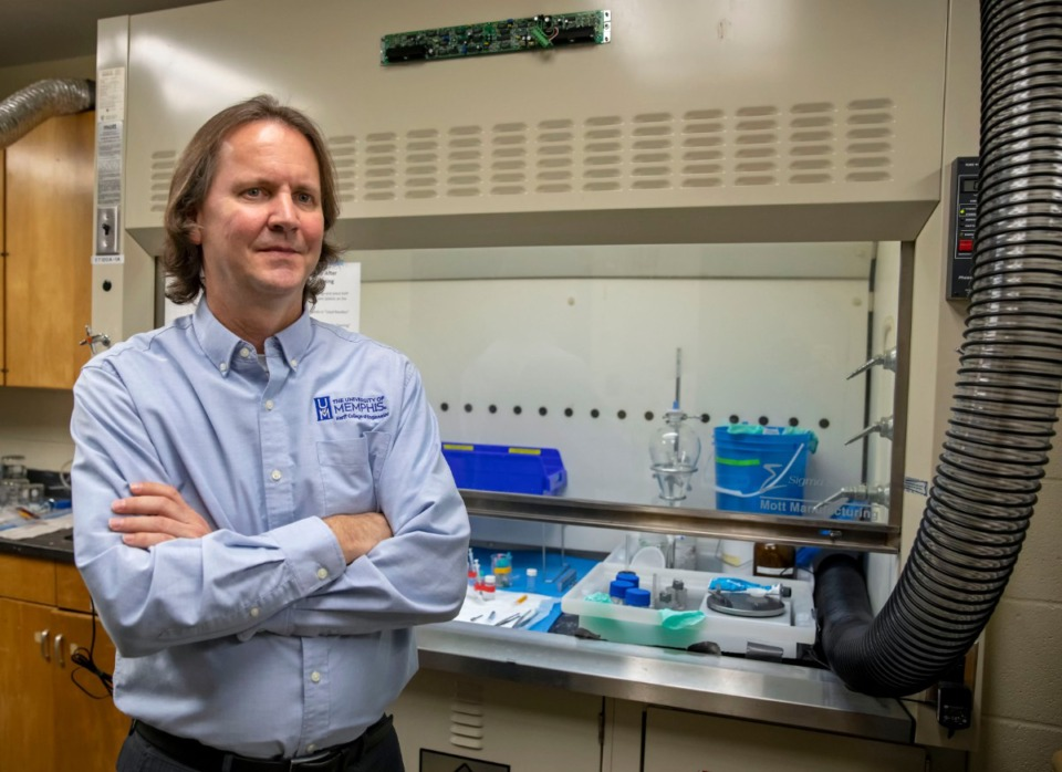 <strong>Dr. Gary Bowlin and his team at the Herff College of Engineering at the University of Memphis are working on ways to create a new type of blood vessel implant that could reduce the chance of rejection.</strong> (Mike Kerr/Special to Daily Memphian)