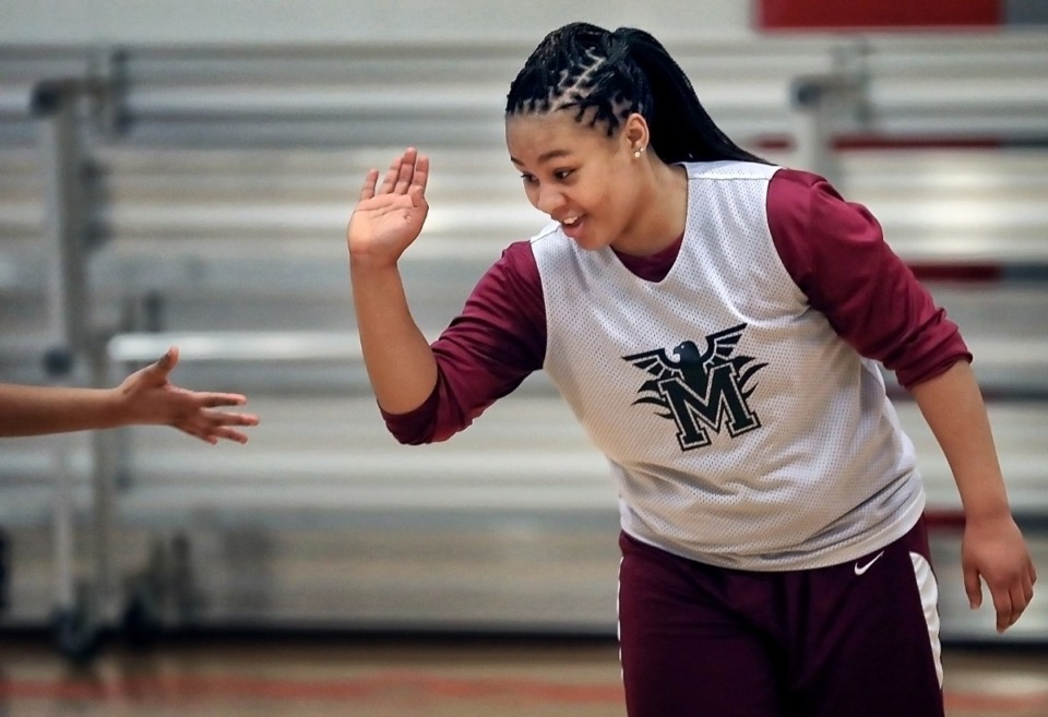 <strong>Memphis Academy of Science and Engineering player Ciara Taylor practices with the girls basketball team at the Mississippi Boulevard Christian Church Gym on Jan, 16, 2019. Despite still being in high school, Ciara Taylor is cutting her coaching teeth while working alongside her dad.</strong> (Jim Weber/Daily Memphian file)
