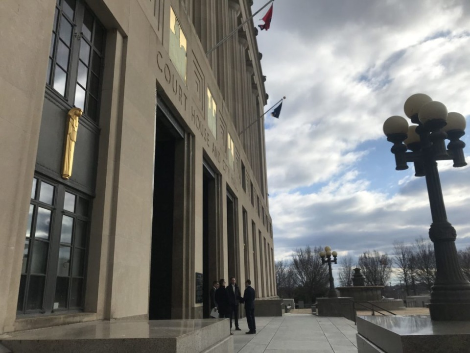 """<div class=""""wp-caption-text""""><strong>Attorneys gather outside of the Davidson County Courthouse on Friday before the first hearing over the first legal challenge to Gov. Bill Lee's education savings account program.</strong></div><div class=""""img-credit""""><span>(Marta W. Aldrich/Chalkbeat)</span></div>"""