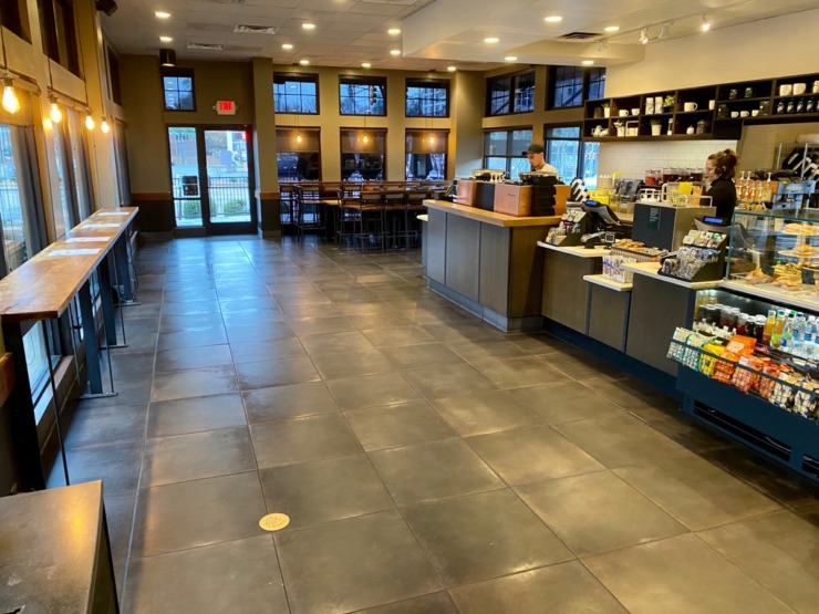 <strong>Tables have been removed from the Starbucks location at Union and McLean. </strong>(Tom Bailey/Daily Memphian)