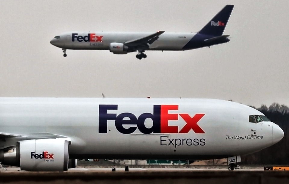 "<strong>FedEx is putting its logistics muscle to work during the coronavirus emergency. ""We are distributing everything from testing kits to swabs for testing kits to isolation gowns and shoe covers and head covers and other PPE (personal protective equipment) to medicines,&rdquo; said Richard W. Smith,&nbsp;FedEx Express U.S. regional president.&nbsp;</strong>(Jim Weber/Daily Memphian file)"