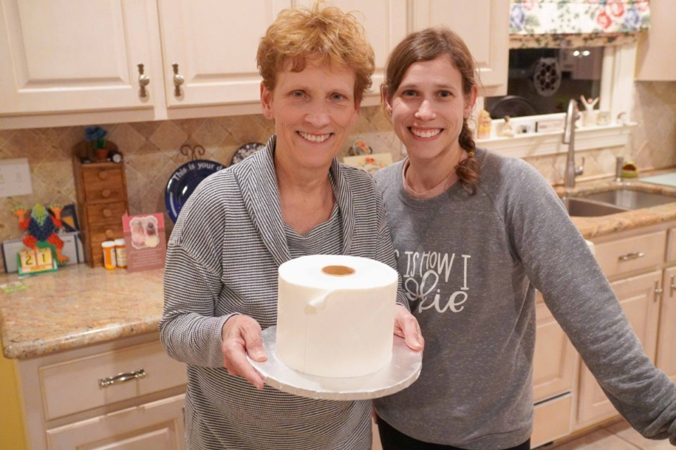 <strong>Debra Sisson, right, celebrates her birthday with a unique cake baked by her daughter, Lydia Farmer.</strong> (Submitted)
