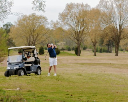<strong>Jonathan Ellichman (right) and Kenny Allen (left) make their way down the fairway at Mirimichi Golf Course on March 27, 2020.</strong>&nbsp;(Houston Cofield/Special to The Daily Memphian)