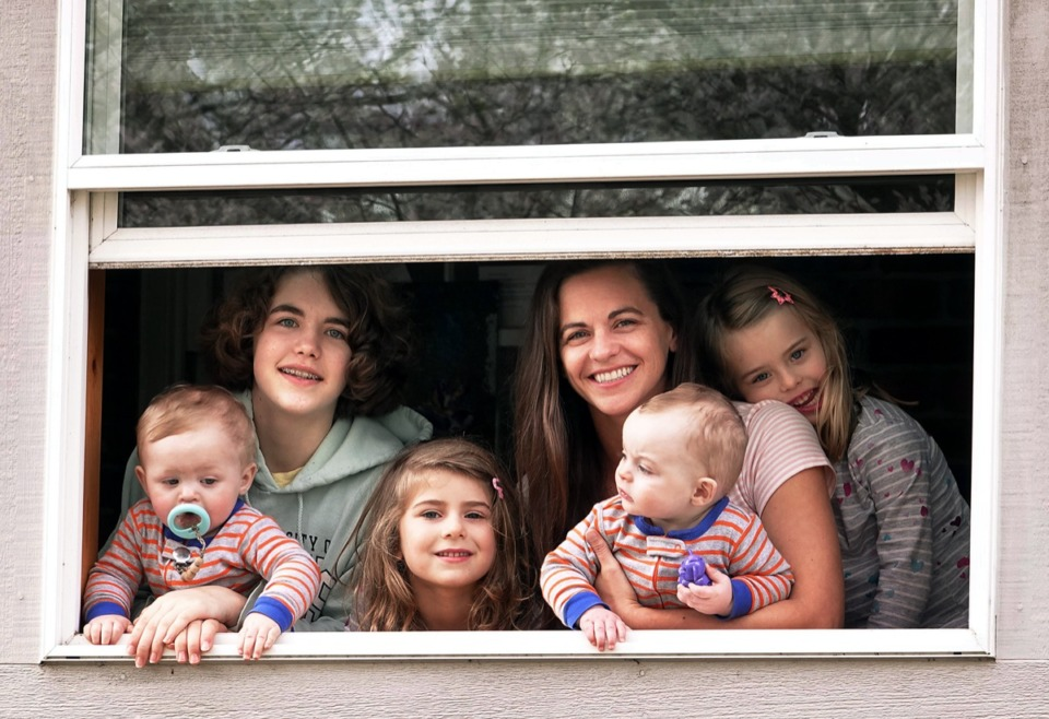 <strong>Single mother Buffy Langford and her five children plan to stay inside to fight the Coronavirus following Mayor Jim Strickland's shelter-at-home order on Monday, March 23, 2020.</strong> (Karen Pulfer Focht/Daily Memphian file)
