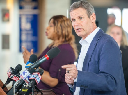 <strong>Tennessee Governor Bill Lee (right) gave a press conference on the pandemic at the Memphis International Airport on March 27.</strong>&nbsp;(Greg Campbell/Daily Memphian file)