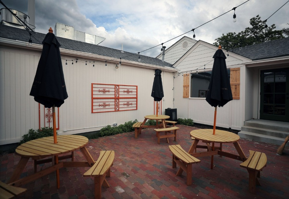 <strong>The patio of Magnolia &amp; May.</strong>&nbsp;(Patrick Lantrip/Daily Memphian)