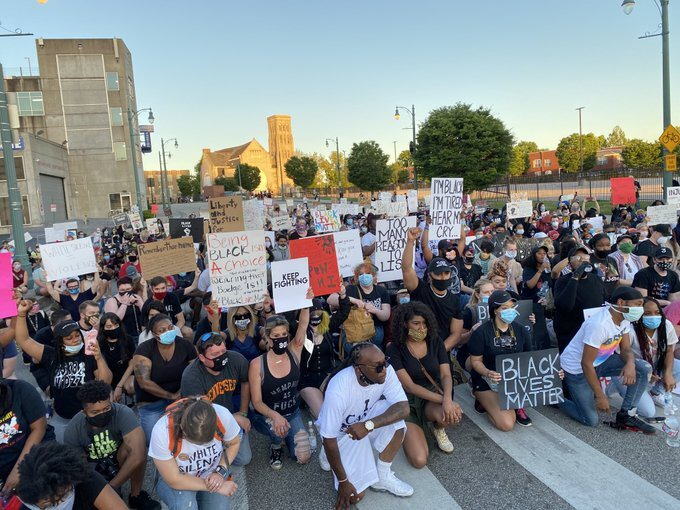 <span><strong>The largest in a series of four daily marches over the death of George Floyd in police custody in Minneapolis drew a crowd that grew to 500 on Saturday, May 30, through Downtown Memphis.</strong> (Bill Dries/ Daily Memphian)</span>