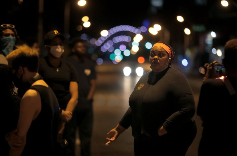<strong>Commissioner Tami Sawyer speaks to group of protestors gathered outside of 201 Poplar reminding them to stay calm and stay the course while awaiting the release of their friends arrested earlier in the night May 31, 2020.</strong> (Patrick Lantrip/Daily Memphian)