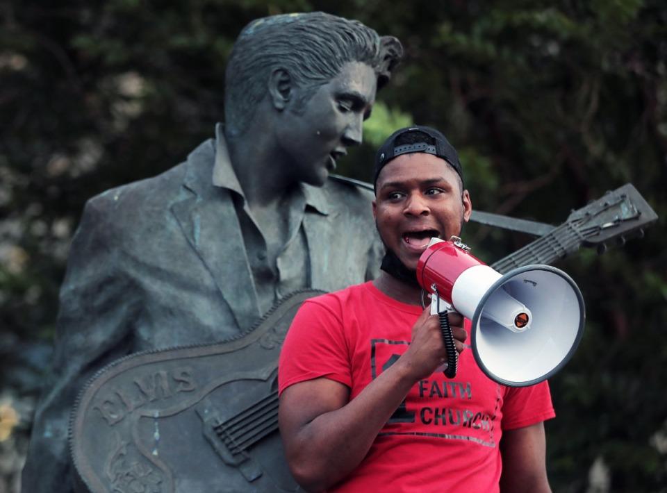 <strong>Devante Hill speaks near the Elvis Statue outside of MLGW June 1, 2020.</strong> (Patrick Lantrip/Daily Memphian)