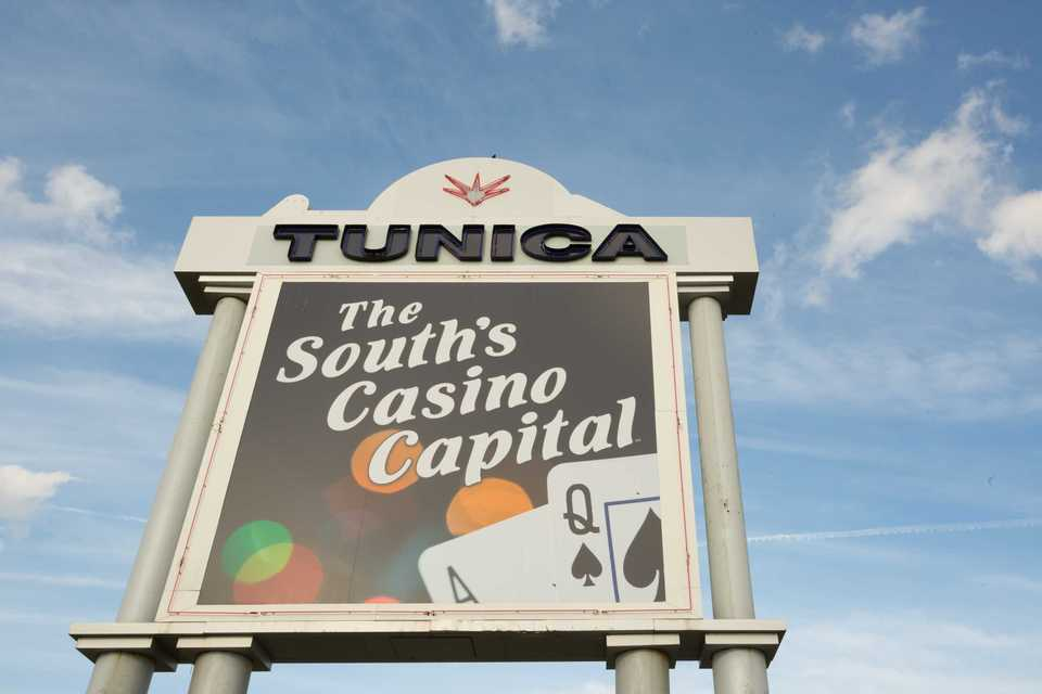 <strong>Analysts say in an era of heightened competition and changing demographics of casino goers,&nbsp;more Tunica casinos face a fate similar to the recent closure of<span>Caesars Entertainment Corp.'s&nbsp;</span>Roadhouse Casino.&nbsp;</strong> (Daily Memphian file)