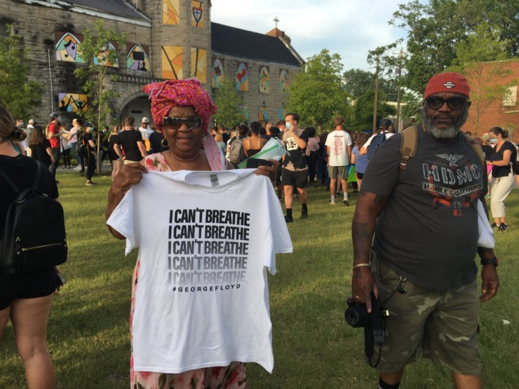 <span><strong>Jannie Foster Caldwell who marched with Dr. King got her &ldquo;I can't breathe&rdquo; T-Shirt.&nbsp; She said she came to protest to help the young people because &ldquo;the struggle is not over.&rdquo;</strong> (Yolanda Jones/Daily Memphian)</span>