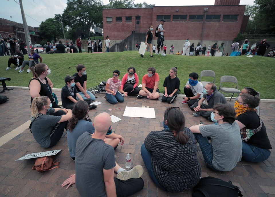 <strong>During a civil disobedience training event at the National Civil Rights Museum June 4, 2020, people broke into groups to strategies potential protest scenarios and how to best execute them.</strong> (Patrick Lantrip/Daily Memphian)