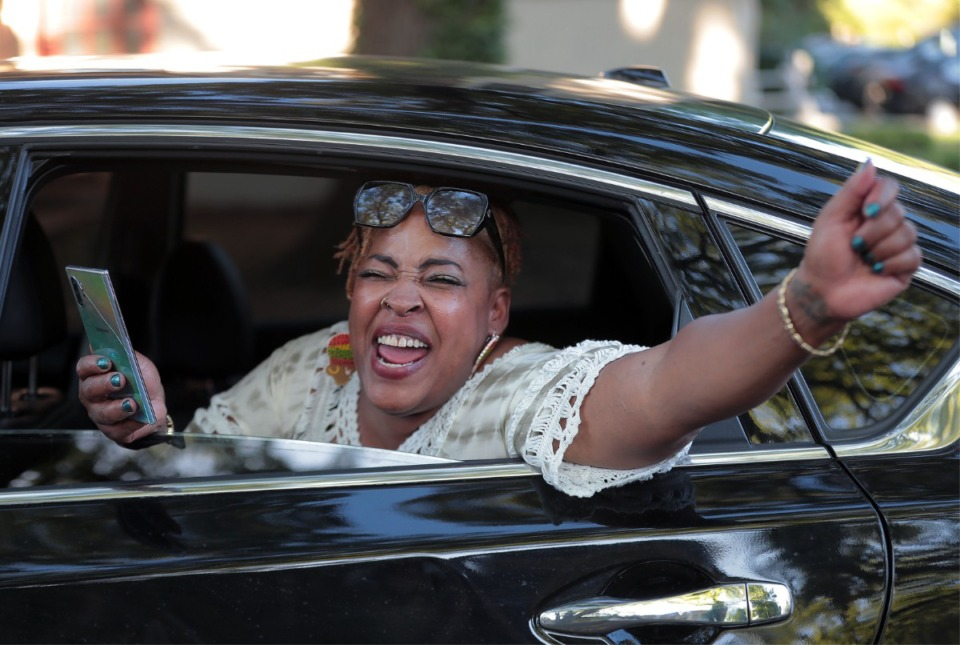 <strong>Many motorists honked and waved in support of a group of several hundred protesters marching through Midtown during the eleventh day of protesting over the death of George Floyd.</strong> (Patrick Lantrip/Daily Memphian)