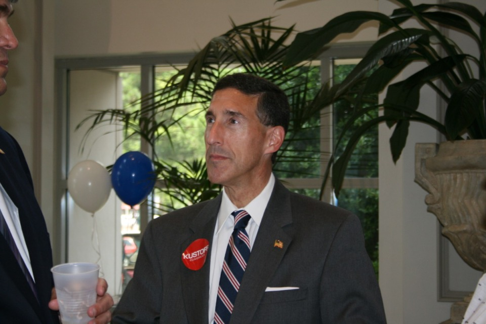 <strong>U.S. Rep. David Kustoff, seen here in 2016, says umemployment benefits during the pandemic have been too generous.</strong> (Bill Dries/Daily Memphian)