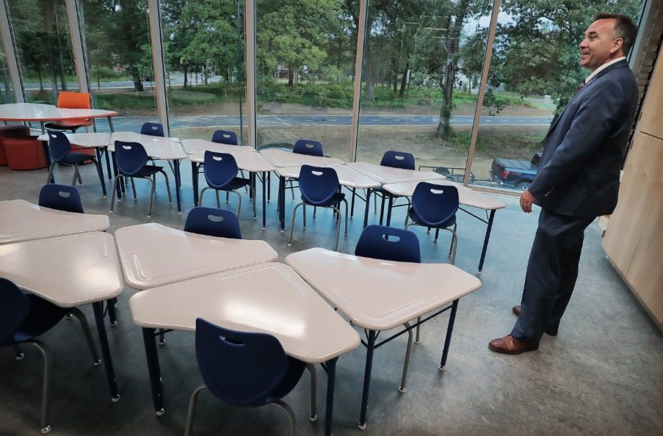 <strong>Germantown schools superintendent Jason Manuel visits Forest Hill Elementary on Aug. 8, 2019, just before its opening.</strong> (Jim Weber/Daily Memphian)