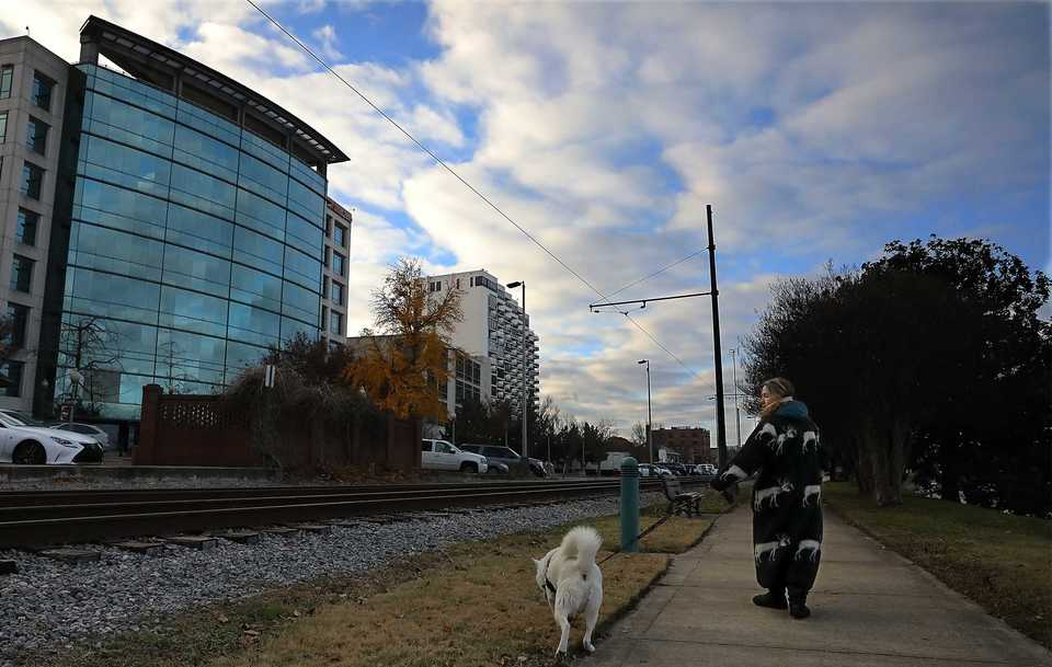 <strong>Parking changes along Wagner Place for employees at AutoZone Inc.&rsquo;s Downtown Memphis headquarters may be coming as the Memphis River Parks Partnership works to transform the riverfront into a cultural destination.</strong> (Patrick Lantrip/Daily Memphian)