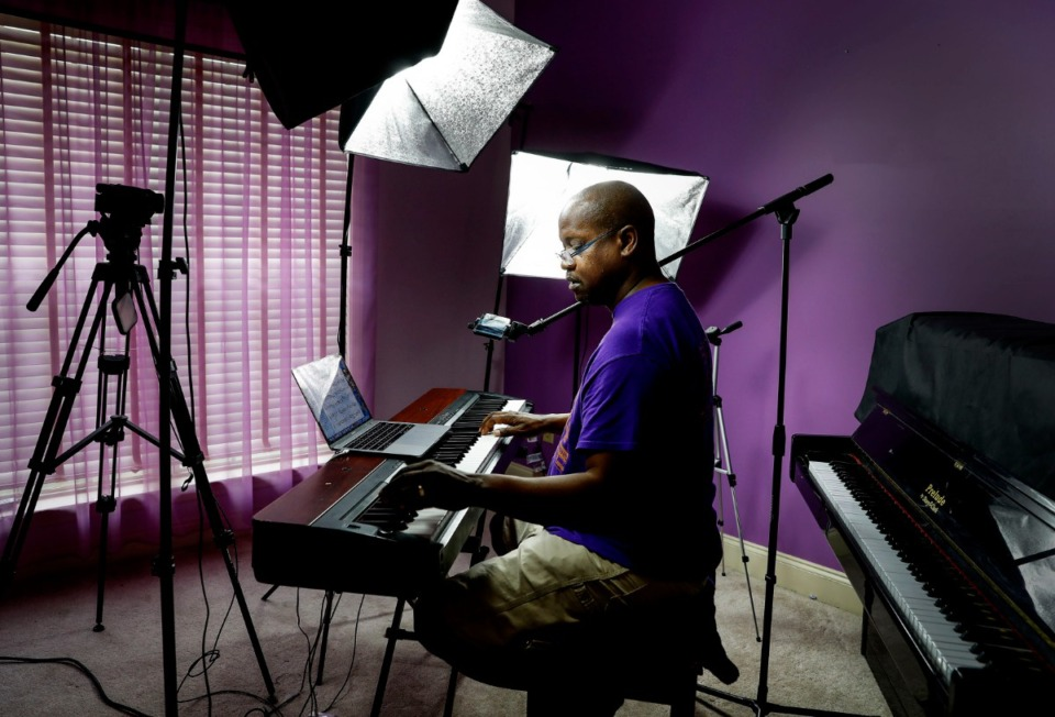 <strong>In a makeshift studio, music instructor Steve Lee with the Memphis Jazz Workshop leads a virtual piano lesson on Friday, June 26, 2020.</strong> (Mark Weber/Daily Memphian)