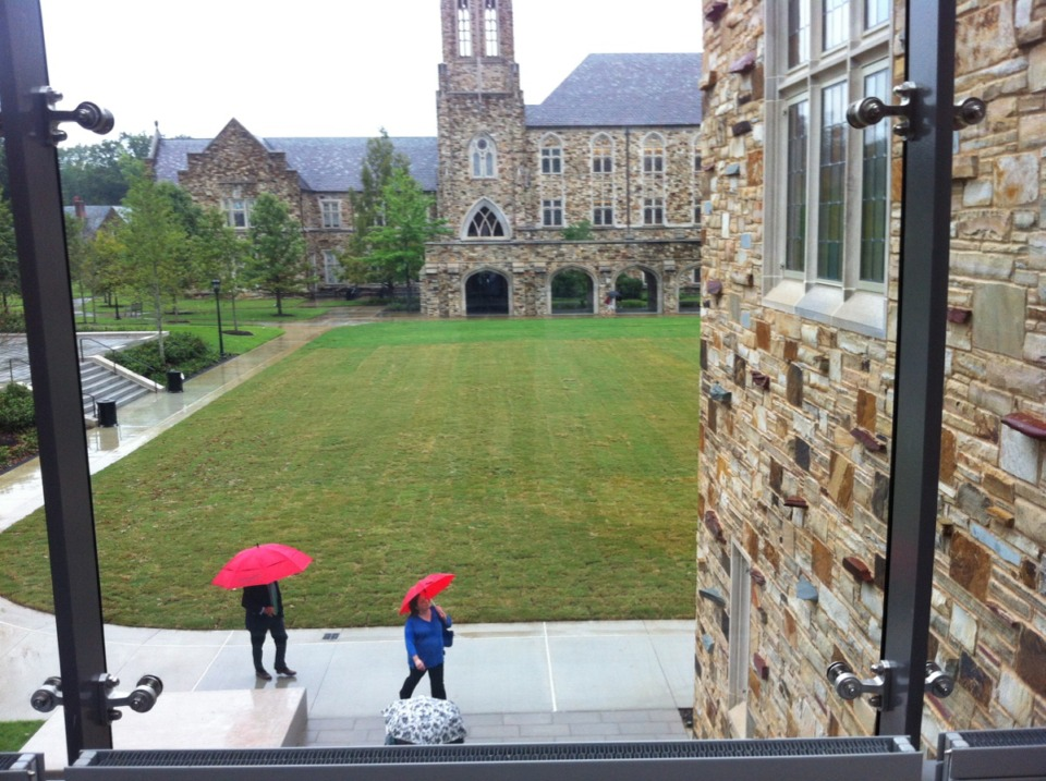 <strong>Students walk to classes in the rain on Rhodes College campus fall semester 2018. Rhodes, like most schools, is wrestling with its fall 2020 plans.</strong> (Daily Memphian file)