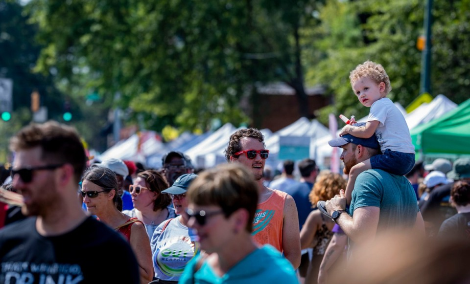 <strong>Thousands of people attended&nbsp; the 2019 Cooper Young Festival.</strong> (Houston Cofield/Daily Memphian file)