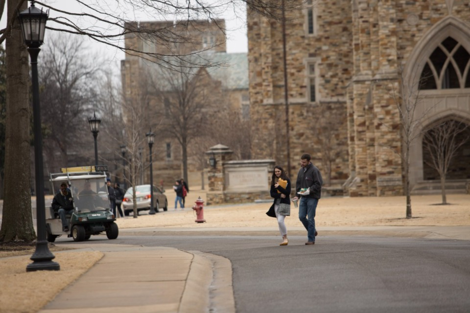 <strong>Students stroll across the Rhodes College campus.</strong> (Daily Memphian file)