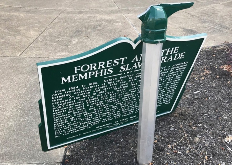 <strong>A marker at the southwest corner of Adams Avenue and B.B. King Boulevard was damaged during the evening of Saturday, July 18, 2020. The sign noted the location of a slave market owned by Confederate general Nathan Bedford Forrest.&nbsp;</strong>(Calvary Episcopal Church)