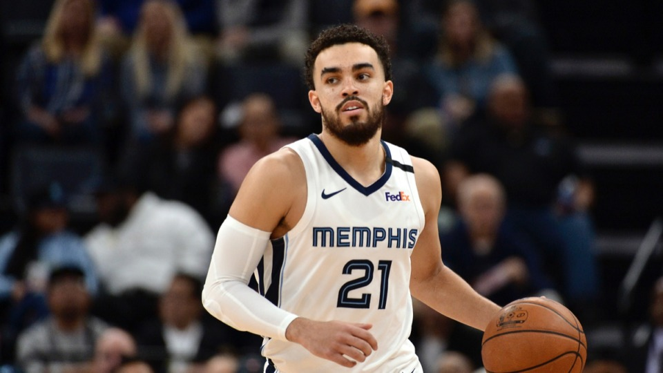 <strong>Memphis Grizzlies backup point guard Tyus Jones has knee soreness and will be re-evaluated in one week, the team announced.</strong> (AP Photo/Brandon Dill)