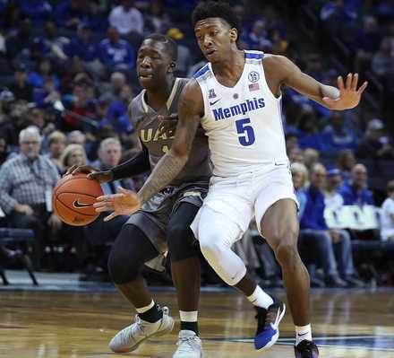 "<p class=""p1""><span class=""s1""><b>University of Memphis guard Kareem Brewton Jr. (5) moves in on UAB's Zach Bryant during a game Saturday, Dec. 8, 2018, at FedExForum. </b>(Karen Pulfer Focht/Special to The Daily Memphian)</span>"