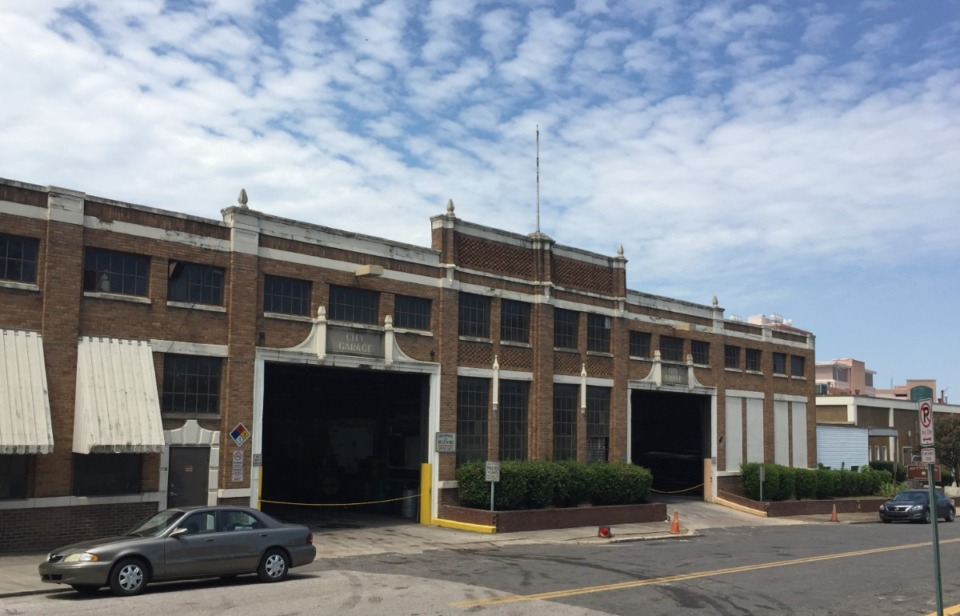 <strong>The old city garage would be replaced by a $12 million fleet maintenance facility at 3720 Knight Arnold Road. The garage is in the path of St. Jude expansion.</strong><em> (Wayne Risher/Daily Memphian)</em>