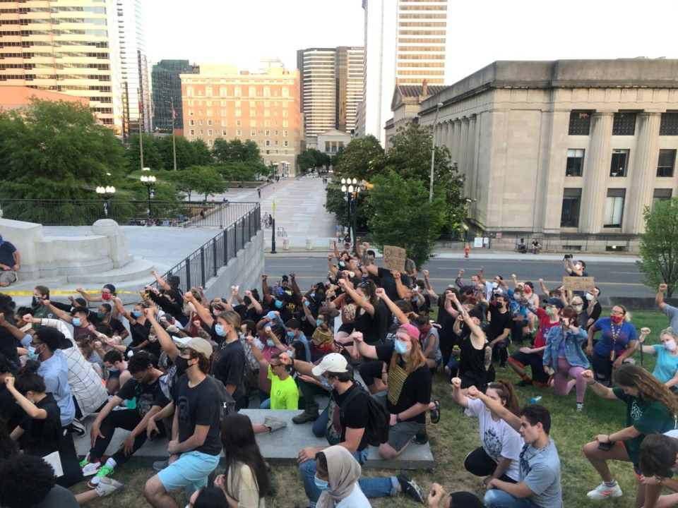 <strong>Demonstrators gather outside the Capitol in Nashville, Monday, June 1, 2020, during a vigil over the death of George Floyd on May 25 in Minneapolis.</strong> (Kimberlee Kruesi/AP)