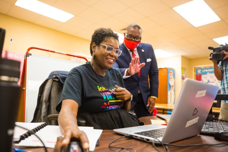<strong>SCS Superintendent Joris Ray tours teacher Dorina Wilson and others' classrooms on the first day back to school at Winridge Elementary on Aug. 31, 2020</strong>. (Ziggy Mack/Special to The Daily Memphian)