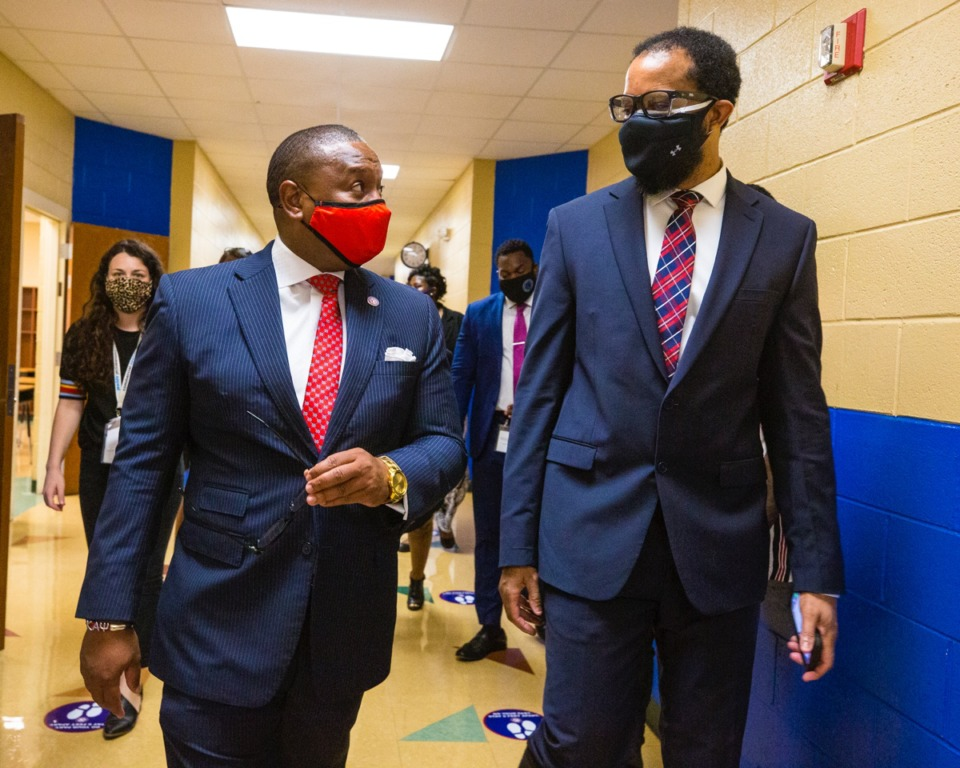 <strong>SCS Superintendent Joris Ray tours on the first day back to school at Winridge Elementary with Principal Todd Shaffer on Aug. 31, 2020.</strong> (Ziggy Mack/Special to The Daily Memphian)