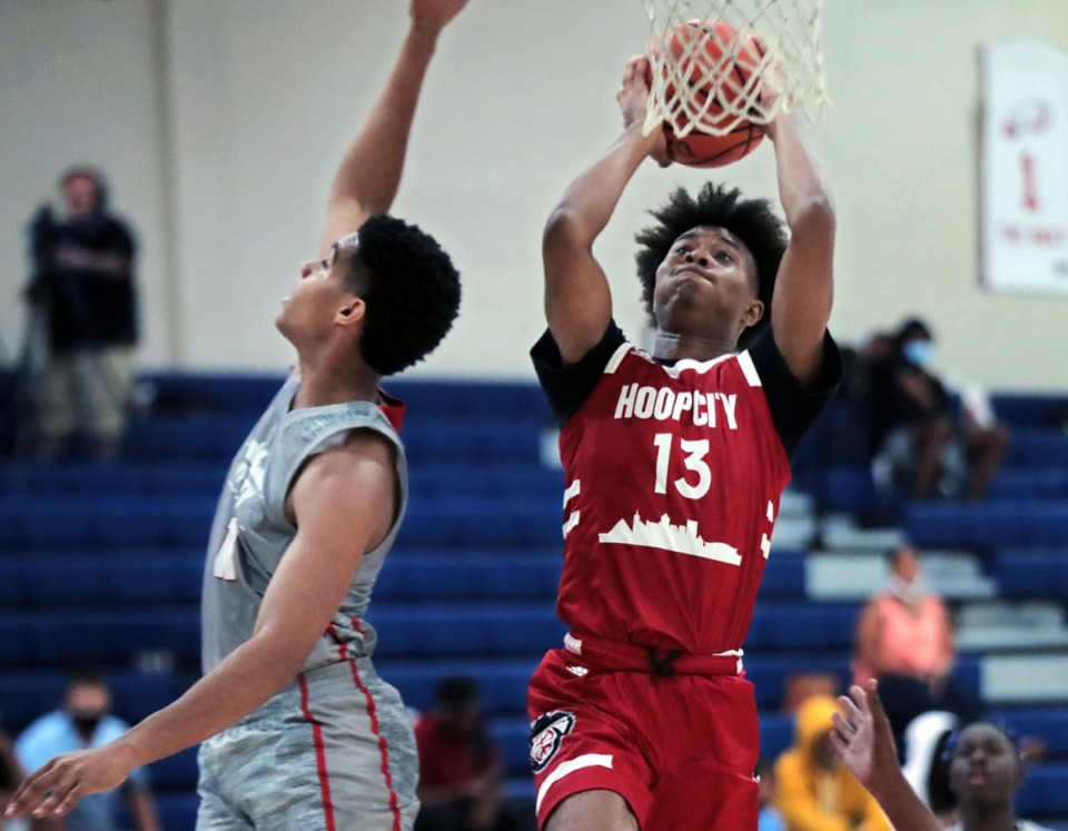 <strong>Hoop City guard TD Jacobs goes in for a lay up during a showcase game at St. Benedict Aug. 29, 2020.</strong> (Patrick Lantrip/Daily Memphian)