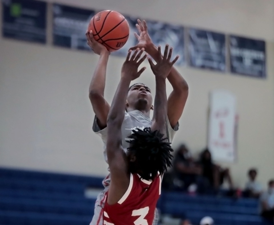 <strong>Hoop City guard Jaylen Hastings (2) goes up for a basket during an Aug. 29, showcase game at St. Benedict.</strong> (Patrick Lantrip/Daily Memphian)