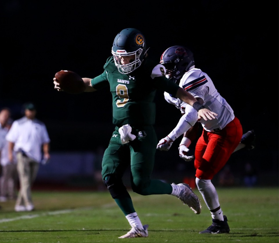 <strong>Briarcrest Christian School quarterback Michael Dallas scrambles for a first down touchdown during a home game against St. Benedict at Auburndale Sept. 18, 2020.</strong> (Patrick Lantrip/Daily Memphian)