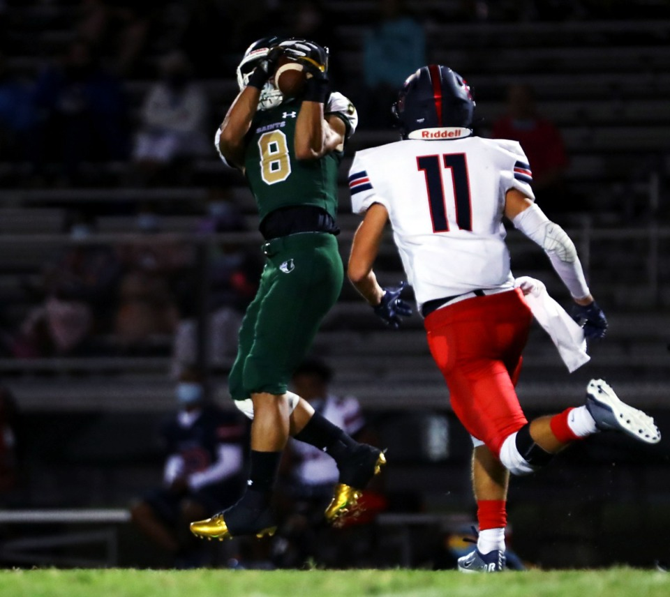 <strong>Briarcrest Christian School receiver Jerrod Gentry (8) makes a catch during a home game against St. Benedict at Auburndale Sept. 18, 2020.</strong> (Patrick Lantrip/Daily Memphian)