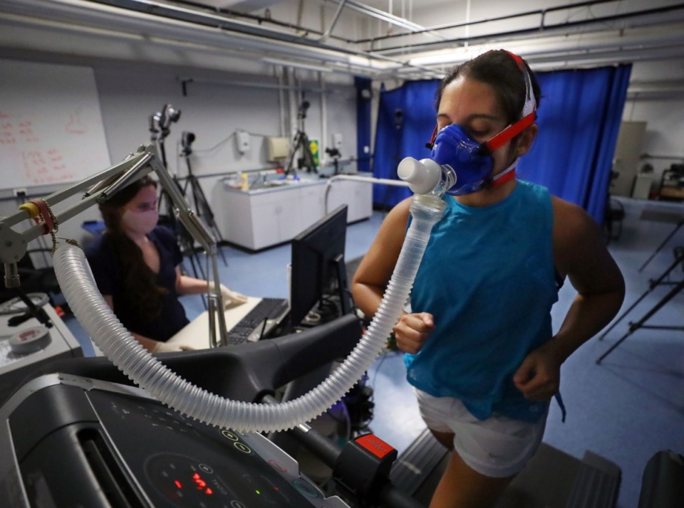 <strong>Daily Memphian reporter Danielle Lerner undergoes a VO2 max test, which measures the maximum amount of oxygen a person can intake during exercise, at the University of Memphis Human Performance Center on Tuesday, Oct. 6.</strong> (Patrick Lantrip/Daily Memphian)