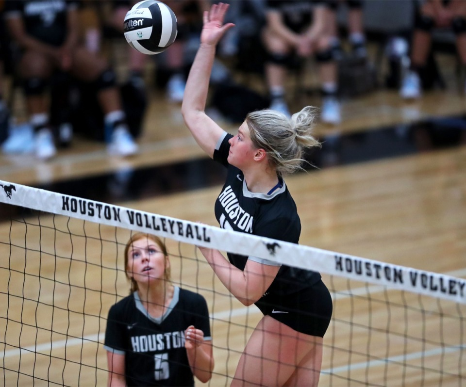 <strong>Houston junior Adison Kizer spikes the ball during an Oct. 8, 2020, home game against Collierville.</strong> (Patrick Lantrip/Daily Memphian)