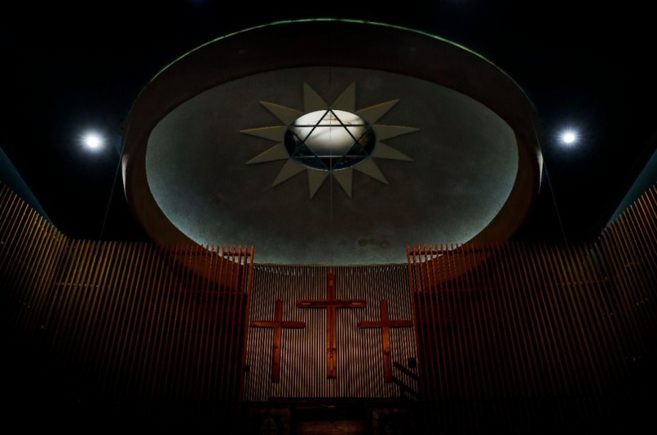 <strong>A stained-glass Star of David adorns the ceiling inside the former Baron Hirsch Synagogue.</strong> (Mark Weber/Daily Memphian)