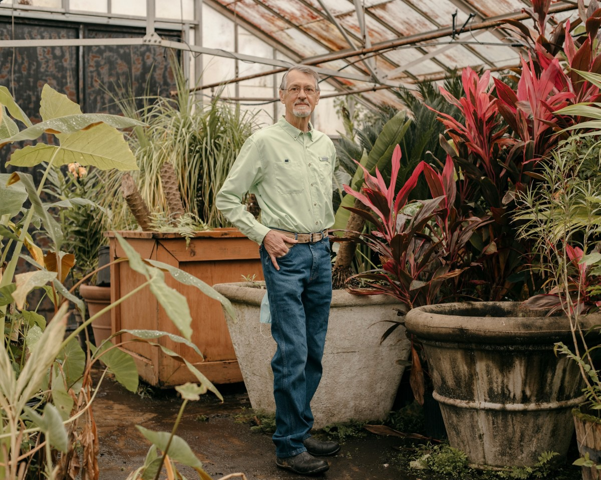 <strong>Tom Rieman, a Master Gardener, stands in one of the city&rsquo;s greenhouses in Overton Park. Rieman and a group of other Master Gardeners use the greenhouse to cultivate plants.</strong> (Houston Cofield/Special to The Daily Memphian)