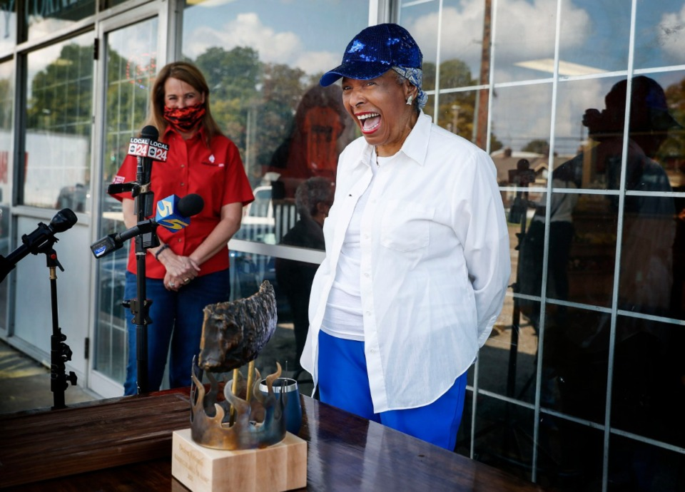 <strong>Outside the Cozy Corner, owner Desiree Robinson (front) was officially inducted into the American Royal Barbecue Hall of Fame on Tuesday, Oct. 20, 2020.</strong> (Mark Weber/The Daily Memphian)