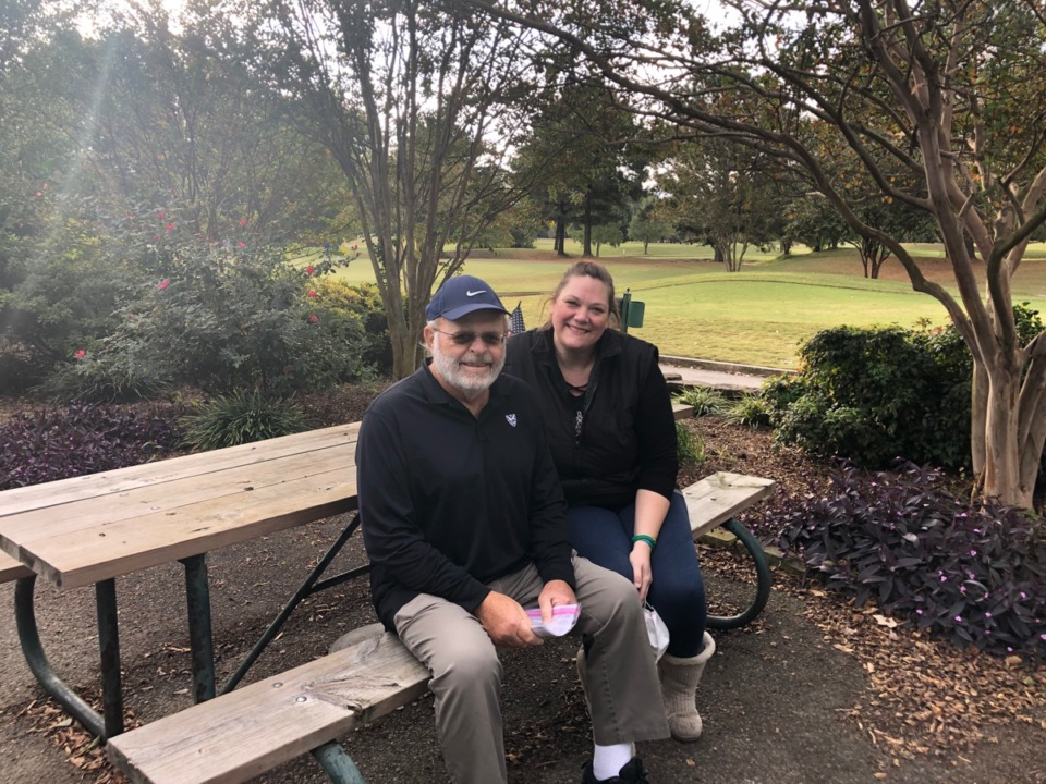 <strong>Bill Turner, left, suffered the heart attack. Andy Smith raced the defibrillator to him. They&rsquo;re sitting on their bench at Galloway Golf Course in Memphis, two weeks later.</strong> (Geoff Calkins/Daily Memphian)