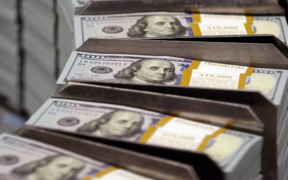 <strong>Selwyn Gerber, chairman of RVW Wealth in Memphis said he is seeing a trend of individuals wanting to save more and spend less. (LM Otero/AP file)</strong>