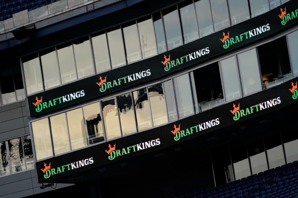 <strong>Four legal, online-only sportsbooks will be launched Sunday, Nov. 1, in Tennessee, the first state without casinos to allow mobile and online betting. DraftKings is offering a free $50 bet to win up to $1,000 for anyone who signs up before Sunday&rsquo;s launch.</strong> (Charles Krupa/Associated Press)