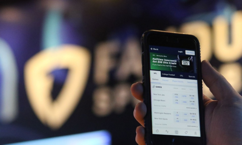 <strong>One day after online sports betting launched in Tennessee, the Memphis Grizzlies became the first official partner of FanDuel Sportsbook.</strong> (AP file)