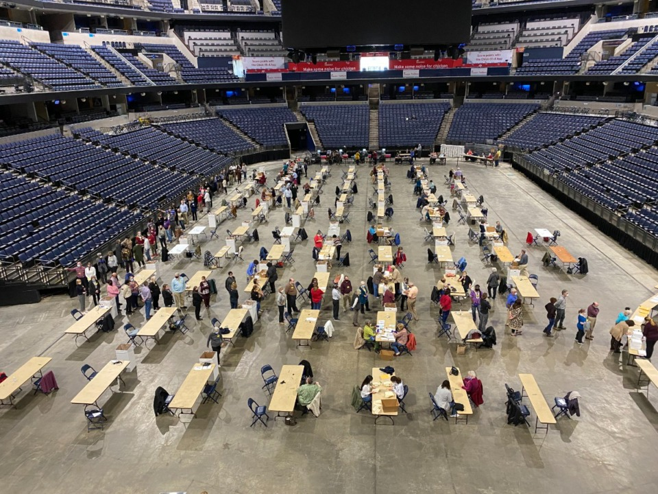 <strong>Counting panels begin at the FedExForum Downtown</strong> (Bill Dries/Daily Memphian)