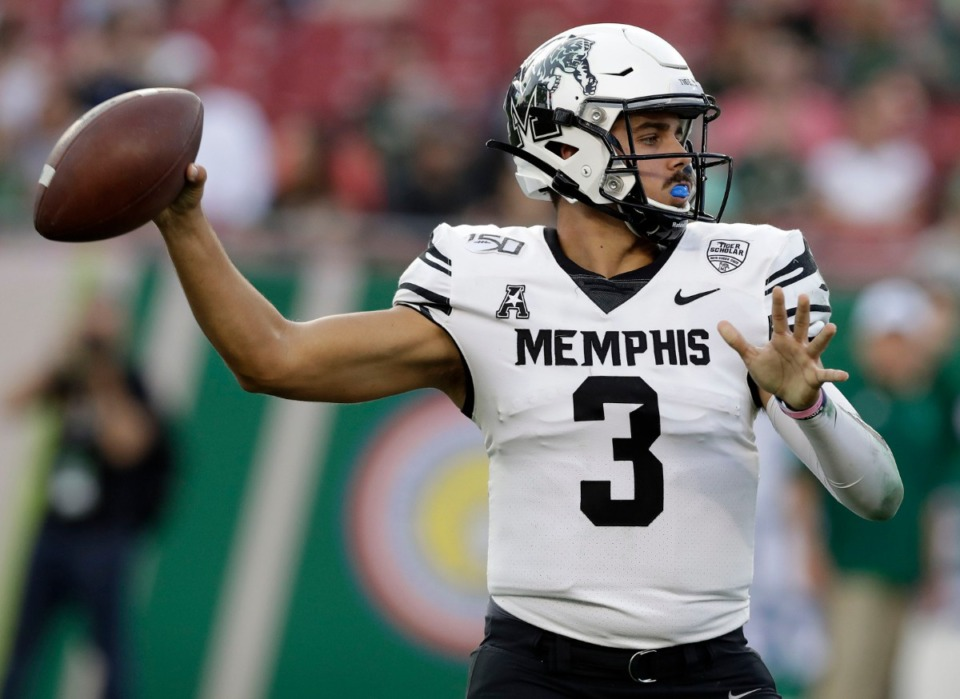 <strong>Quarterback Brady White (at the 2019 Memphis vs USF game in Tampa) and Calvin Austin, Tahj Washington and the rest of the receivers need to their groove early this game.</strong> (Chris O'Meara/AP file)