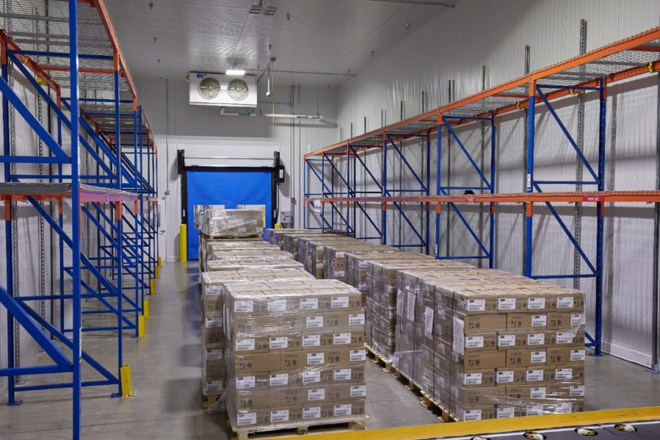 <strong>FedEx&rsquo;s Memphis Cold Chain Center, which was built to hold shipments such as medicine, perishable foods and flowers in climate-controlled conditions, has been adapted to accommodate the ultra-cold storage required for coronavirus vaccines. </strong>(Courtesy FedEx)